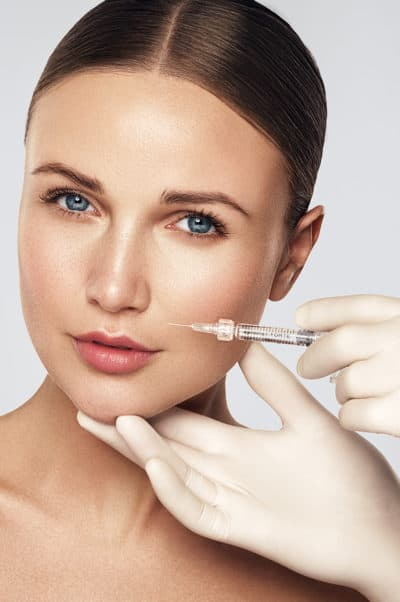 Portrait beauté injection acide hyaluronique