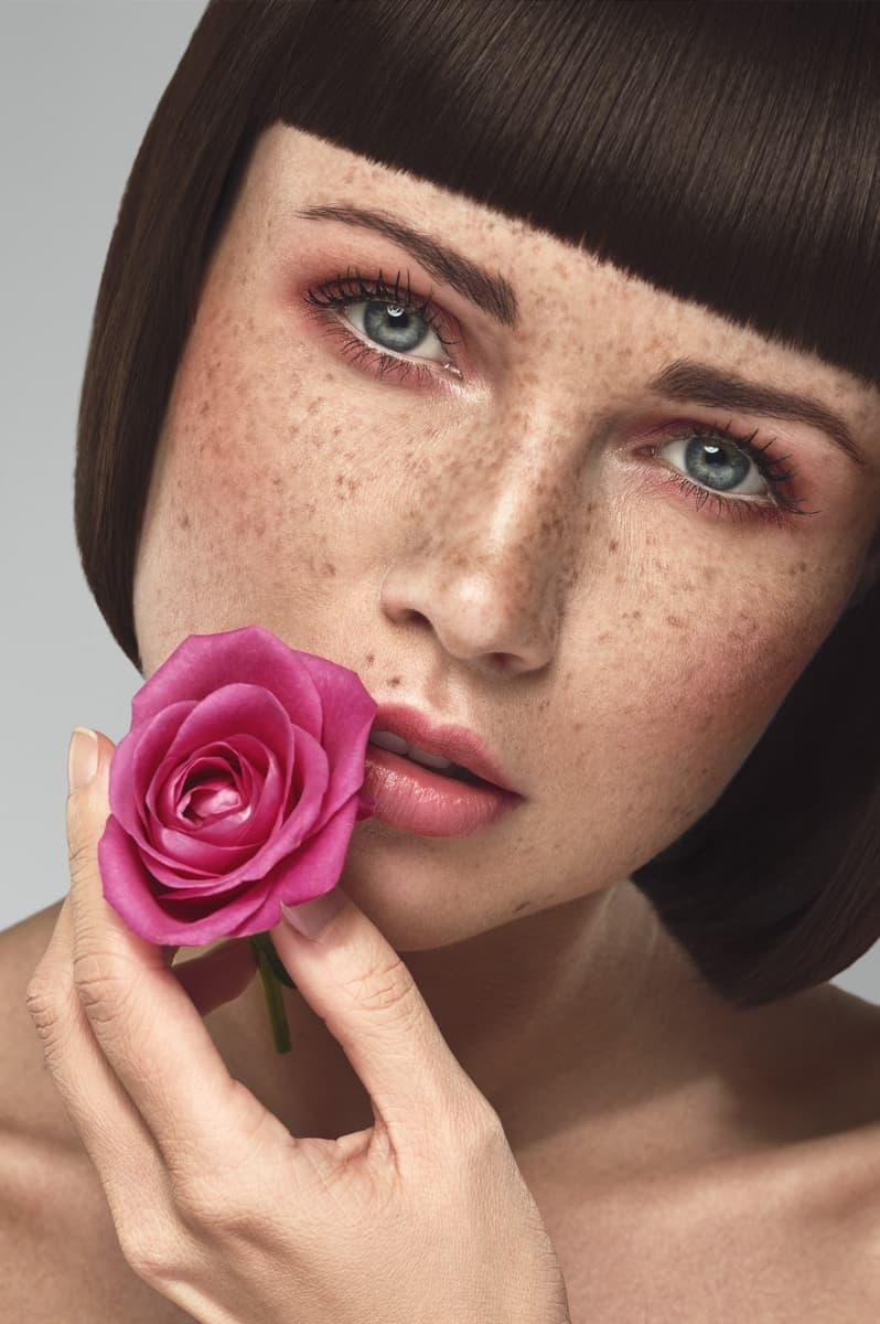 Photo beauté cosmétique avec une fleur